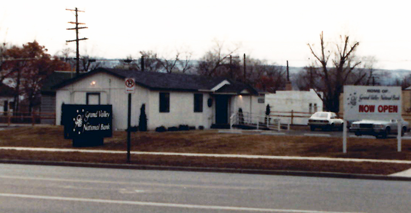 Grand Valley Bank 1984 original branch photo